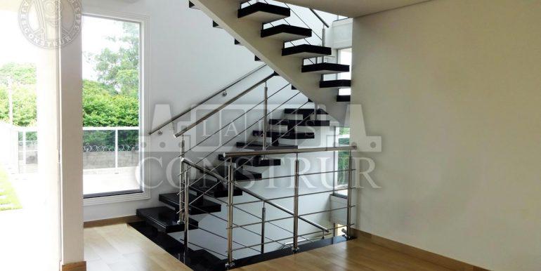Escada-em-U-02
